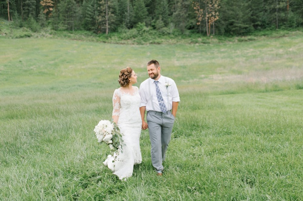 Wenatchee Wedding Photographer | Hampton Hideaway | Summer Rustic Wedding Eastern Washington | Emma Rose Company | Pastel Wedding Inspiration | Lace Wedding | Pacific Northwest Wedding 40.jpg