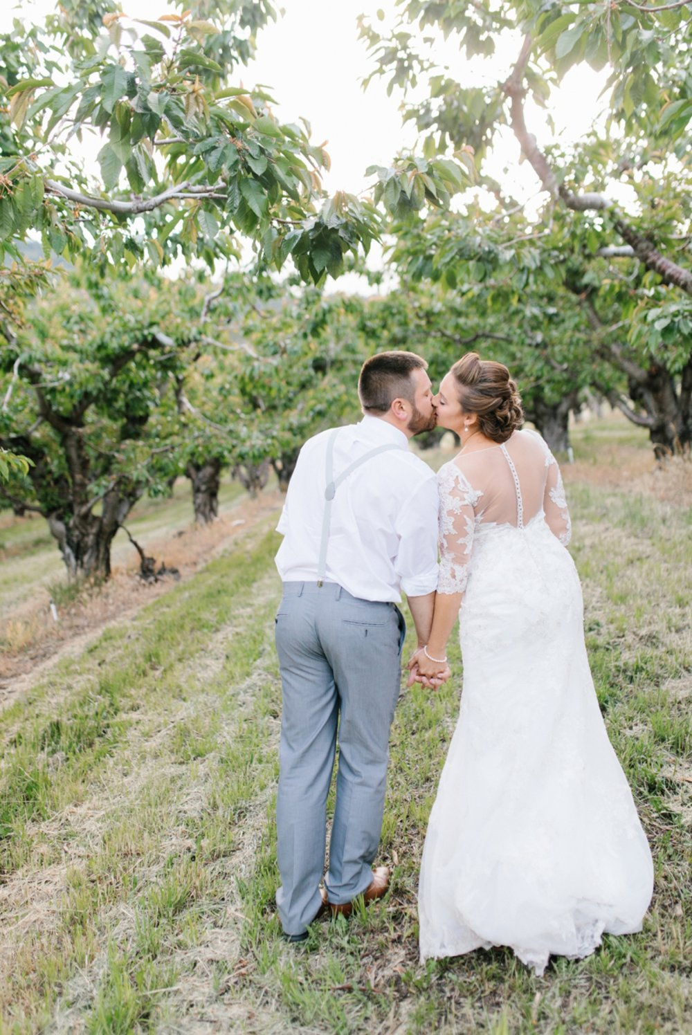 Wenatchee Wedding Photographer | Hampton Hideaway | Summer Rustic Wedding Eastern Washington | Emma Rose Company | Pastel Wedding Inspiration | Lace Wedding | Pacific Northwest Wedding 99.jpg