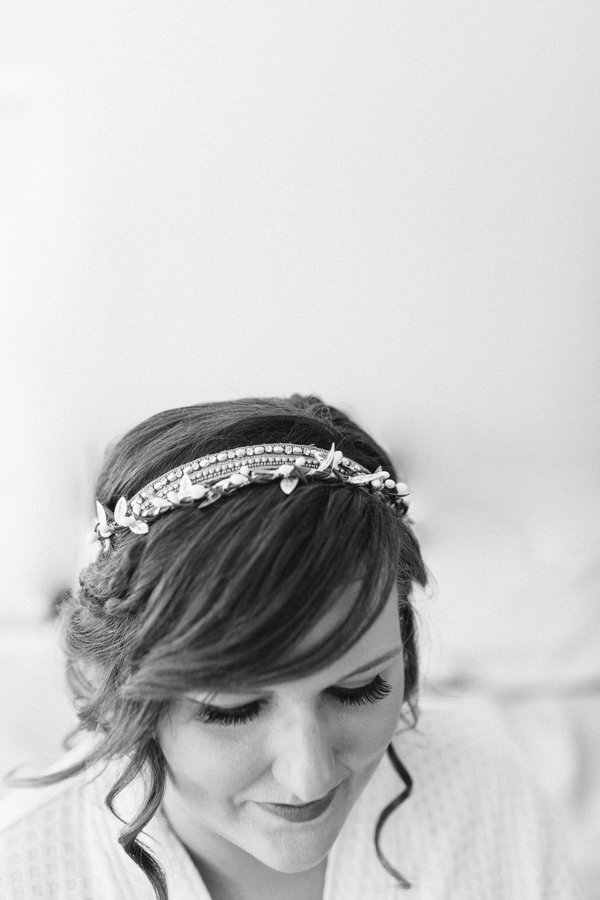 Oceanside Oregon Beach Wedding Details | Mermaid Wedding | Oregon Wedding on the Coast | Oregon Bride | Wedding Details | Bridesmaids Getting Ready-4.jpg