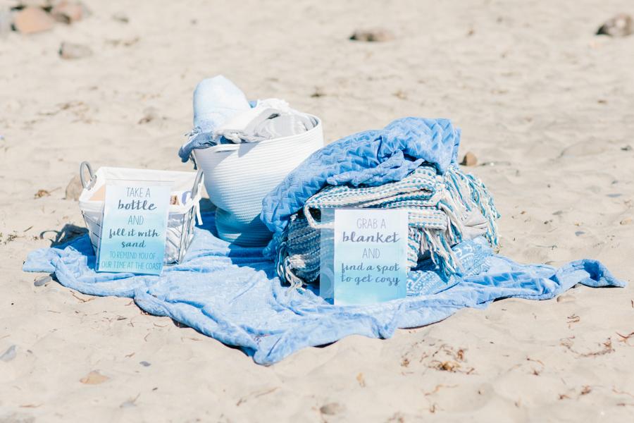 Oceanside Oregon Beach Wedding Details | Mermaid Wedding | Oregon Wedding on the Coast | Oregon Bride | Wedding Details | VSCO | Ceremony on the Beach-8.jpg