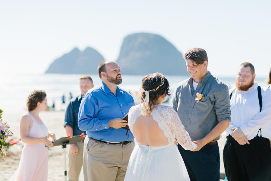 Oceanside Oregon Beach Wedding Details | Mermaid Wedding | Oregon Wedding on the Coast | Oregon Bride | Wedding Details | VSCO | Ceremony on the Beach-13.jpg