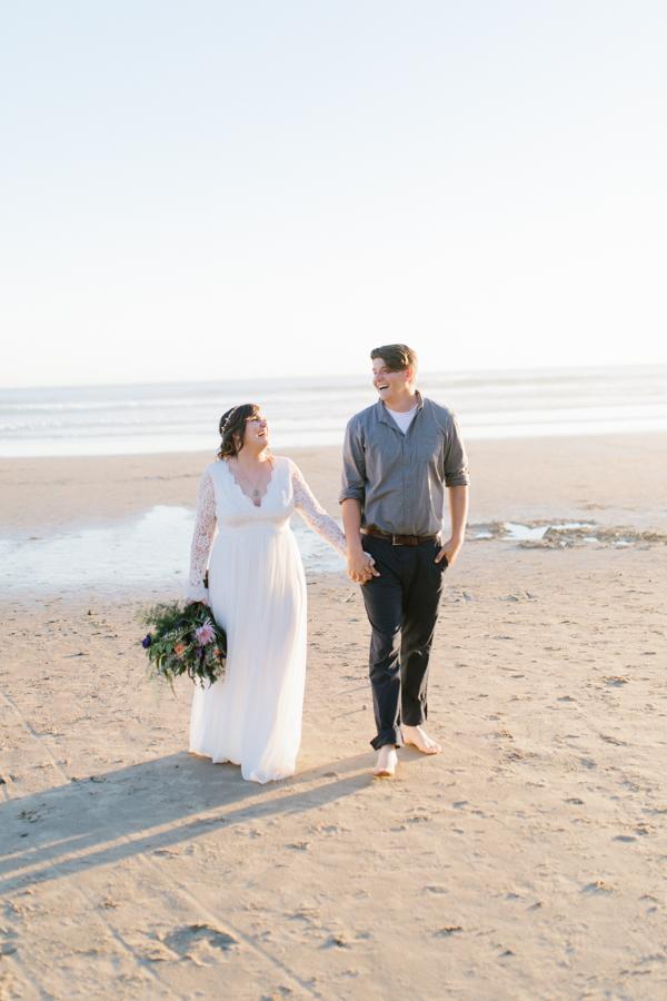 Oceanside Oregon Beach Wedding | Sunset Portraits by the Ocean | Oregon Bride | Oregon Wedding Photography | Wedding on the Beach | Bride and Groom Beach Portraits-5.jpg