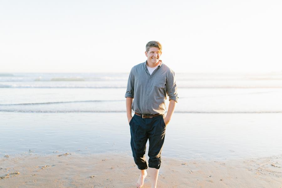 Oceanside Oregon Beach Wedding | Sunset Portraits by the Ocean | Oregon Bride | Oregon Wedding Photography | Wedding on the Beach | Bride and Groom Beach Portraits-23.jpg