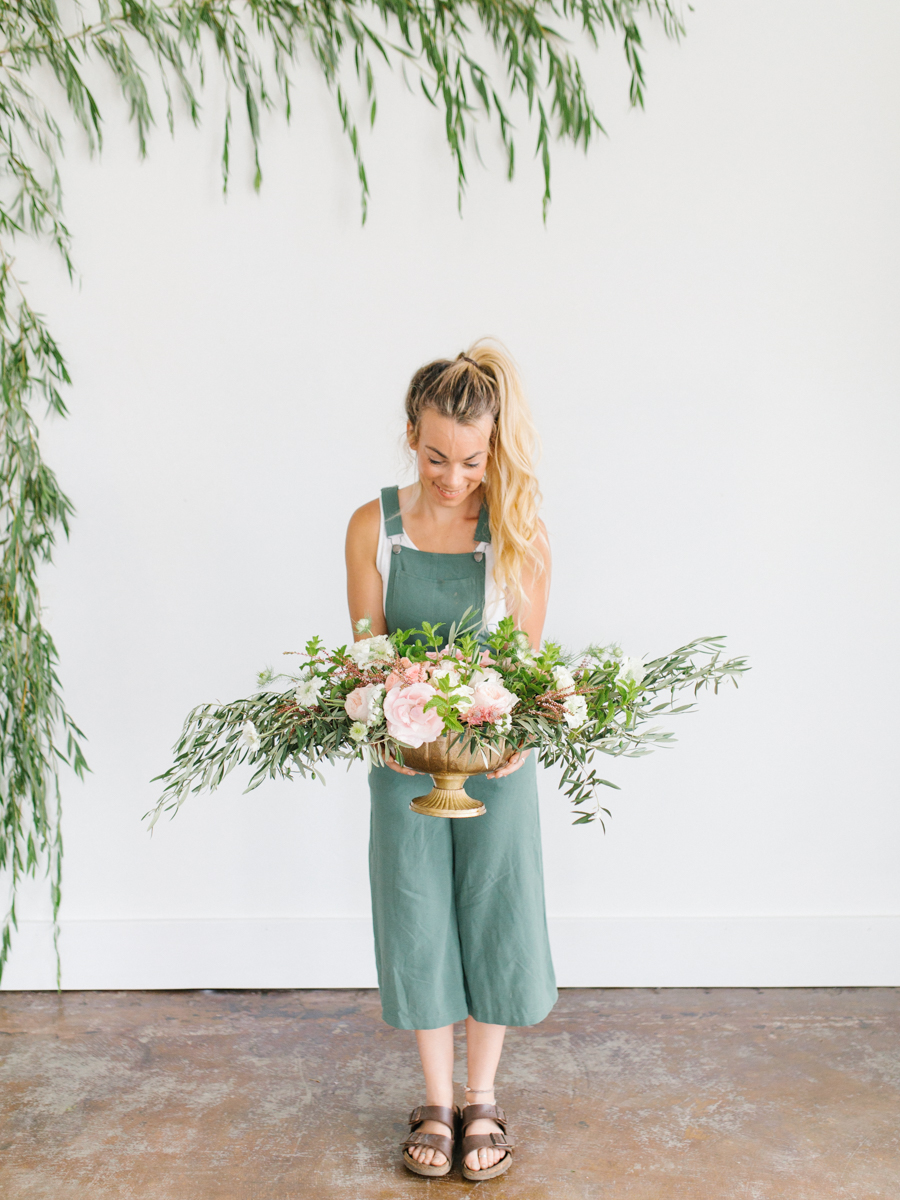 Studio Inspired Styled Shoot Behind the Scenes | How to put together a styled shoot | Rhodesia Flower Florist South Bend, Washington | Emma Rose Company Studio Session | VSCO-24.jpg