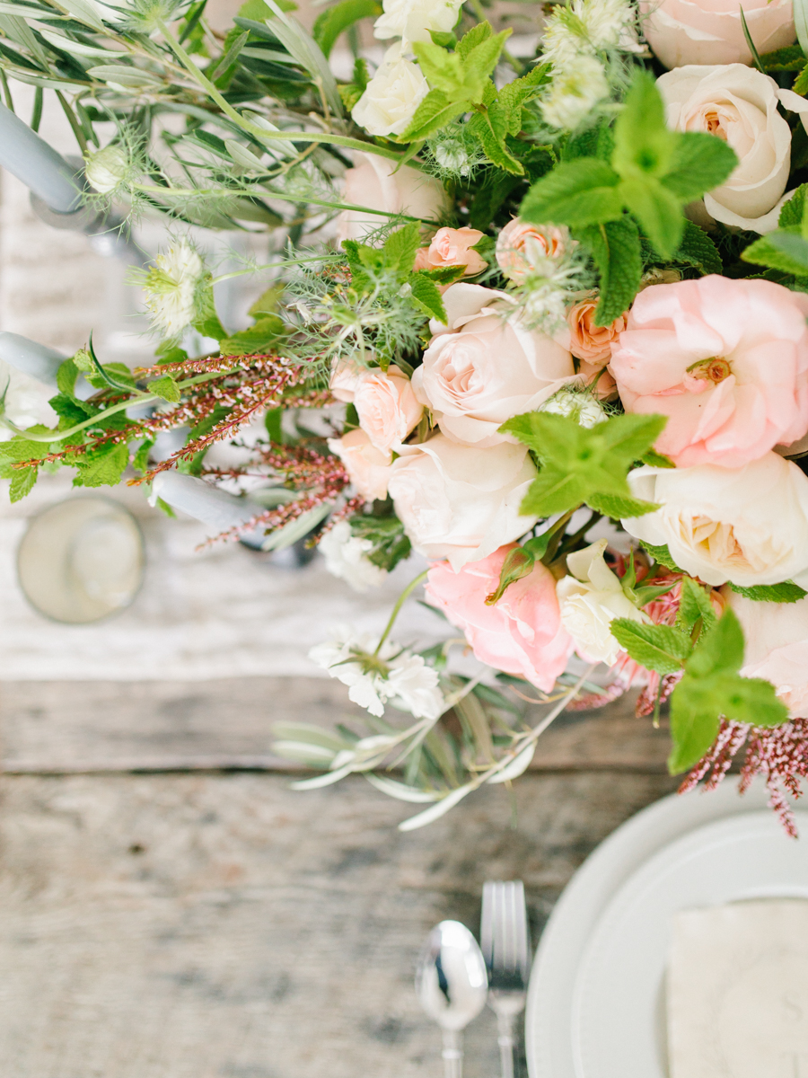Studio Inspired Styled Shoot | Emma Rose Company | Custom Wedding Stationery | PNW Wedding Photographer | Vintage gown | Styled Shoot Inspiration | VSCO | Wedding Details-11.jpg