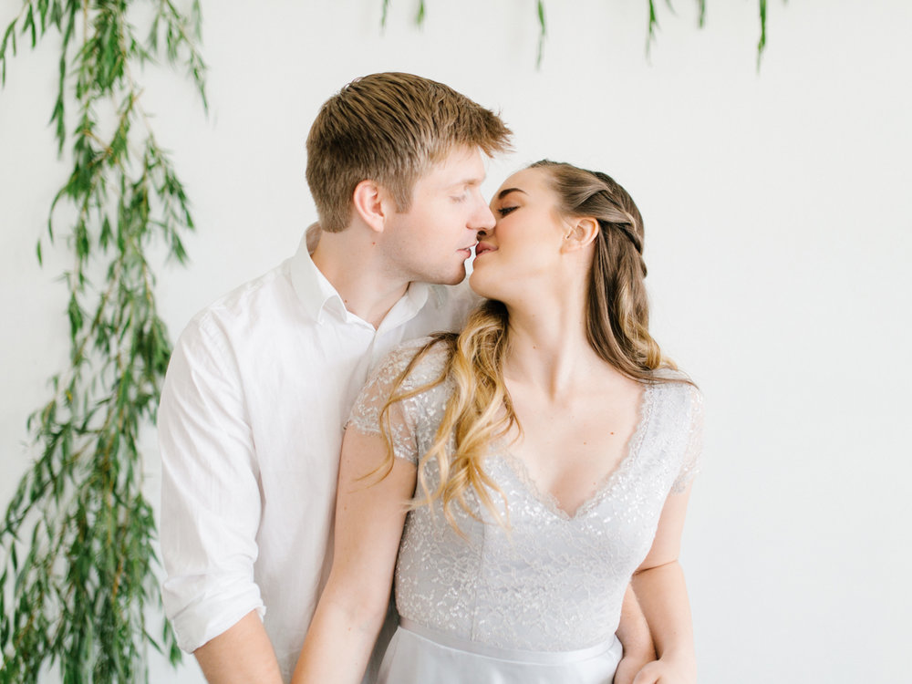 Studio Inspired Styled Shoot Behind the Scenes | How to put together a styled shoot | Rhodesia Flower Florist South Bend, Washington | Emma Rose Company Studio Session | VSCO | Grey Session-22.jpg