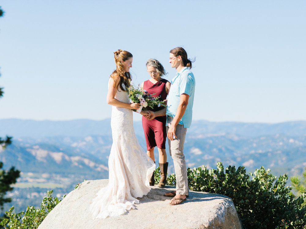 Leavenworth Washington Mountain Top | Wedding | Intimate Wedding Inspiration Outdoors | Pybus Bistro Wenatchee, Washington | VSCO | Simple Wedding | PNW Wedding | Emma Rose Company-30.jpg