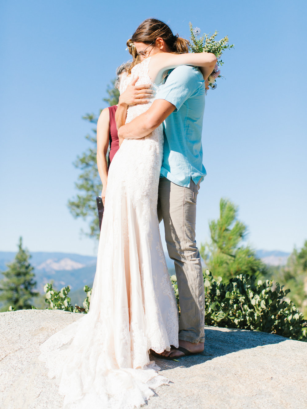 Leavenworth Washington Mountain Top | Wedding | Intimate Wedding Inspiration Outdoors | Pybus Bistro Wenatchee, Washington | VSCO | Simple Wedding | PNW Wedding | Emma Rose Company-37.jpg
