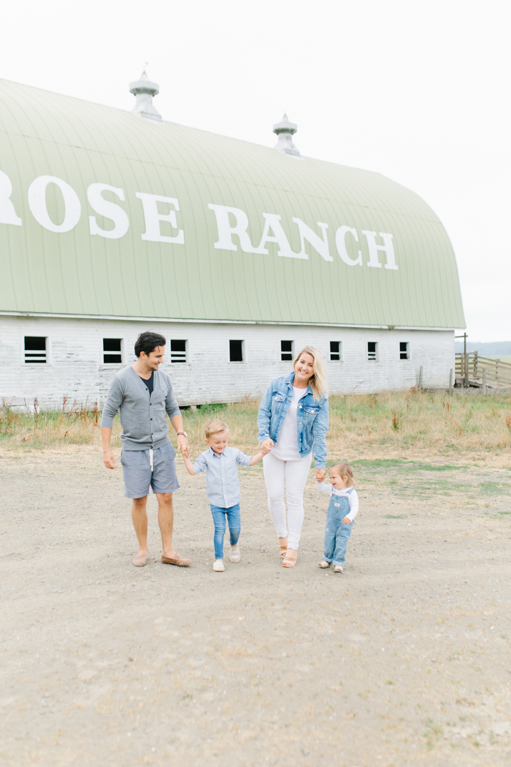 Rose Ranch Family Photo Session | Monika Hibbs Family Session in South Bend, Washington | What to Wear for Family Pictures | Pacific Northwest Family Session with Emma Rose Company-57.jpg