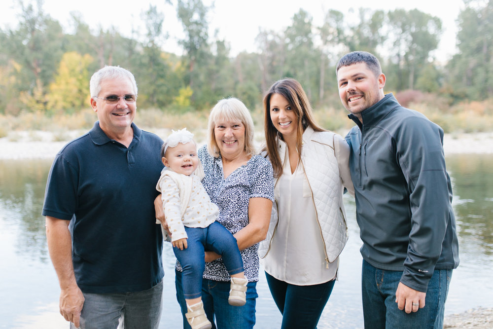 A Beautiful Fall Family Photo Session | What to Wear to Fall Photos | Leavenworth Washington Family Photographer | Emma Rose Company | Gorgeous Sunset Fall Family Portrait Session | Enchantment Park Leavenworth, Washington-29.jpg