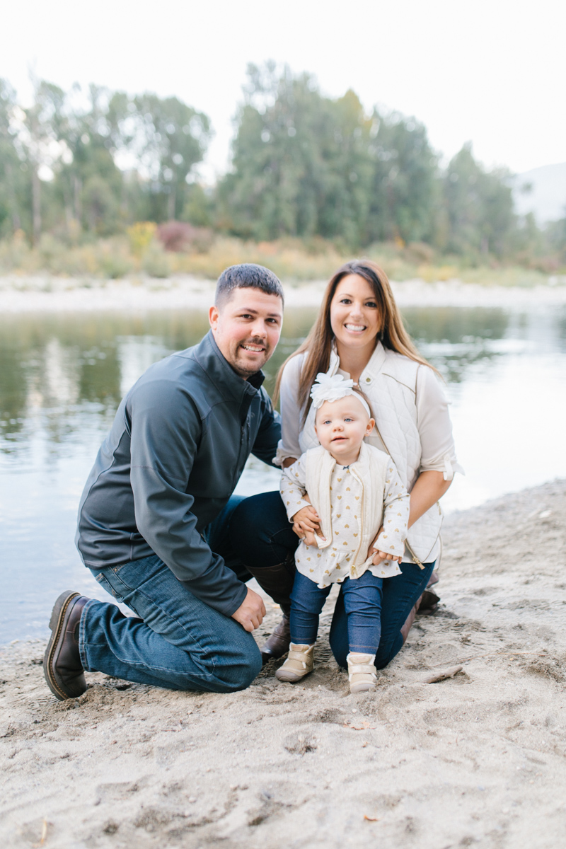 A Beautiful Fall Family Photo Session | What to Wear to Fall Photos | Leavenworth Washington Family Photographer | Emma Rose Company | Gorgeous Sunset Fall Family Portrait Session | Enchantment Park Leavenworth, Washington-31.jpg