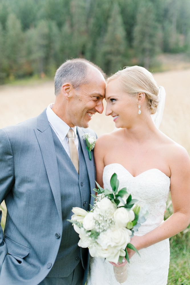 Hampton Hideaway | Wenatchee, Washington | A Fall Blush Wedding | VSCO | Emma Rose Company | Seattle Wedding Photographer Light and Airy | PNW Wedding-28.jpg