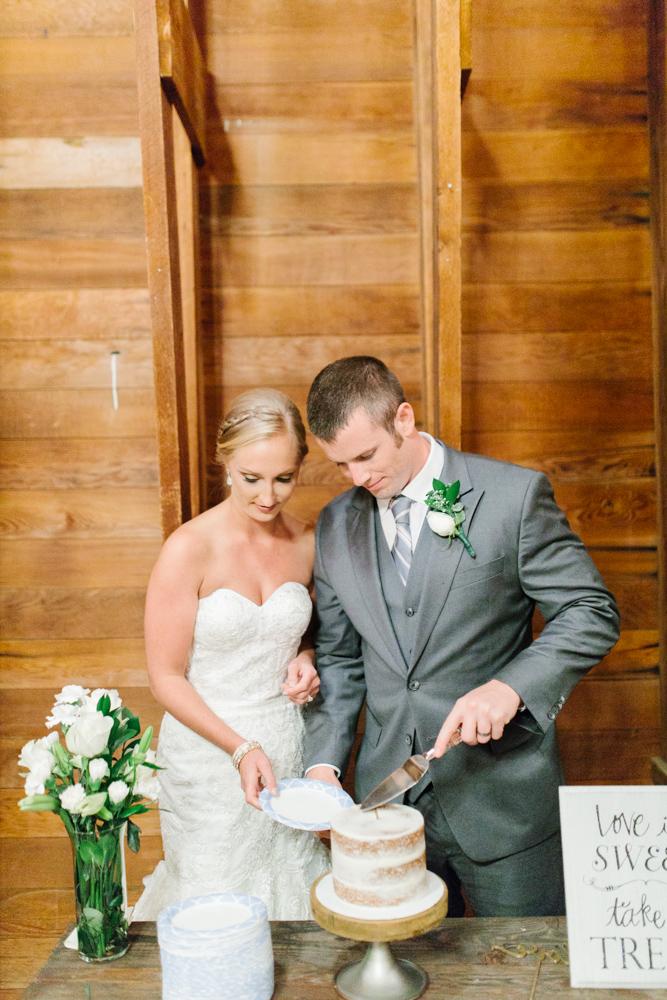 Hampton Hideaway | Wenatchee, Washington | A Fall Blush Wedding | VSCO | Emma Rose Company | Seattle Wedding Photographer Light and Airy | PNW Wedding-52.jpg