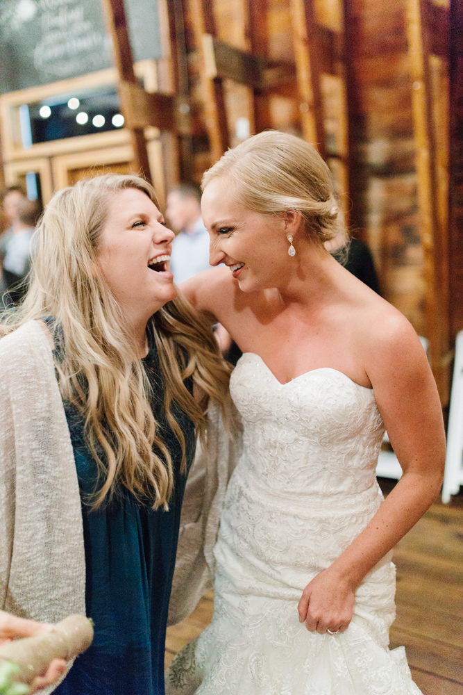 Hampton Hideaway | Wenatchee, Washington | A Fall Blush Wedding | VSCO | Emma Rose Company | Seattle Wedding Photographer Light and Airy | PNW Wedding-55.jpg