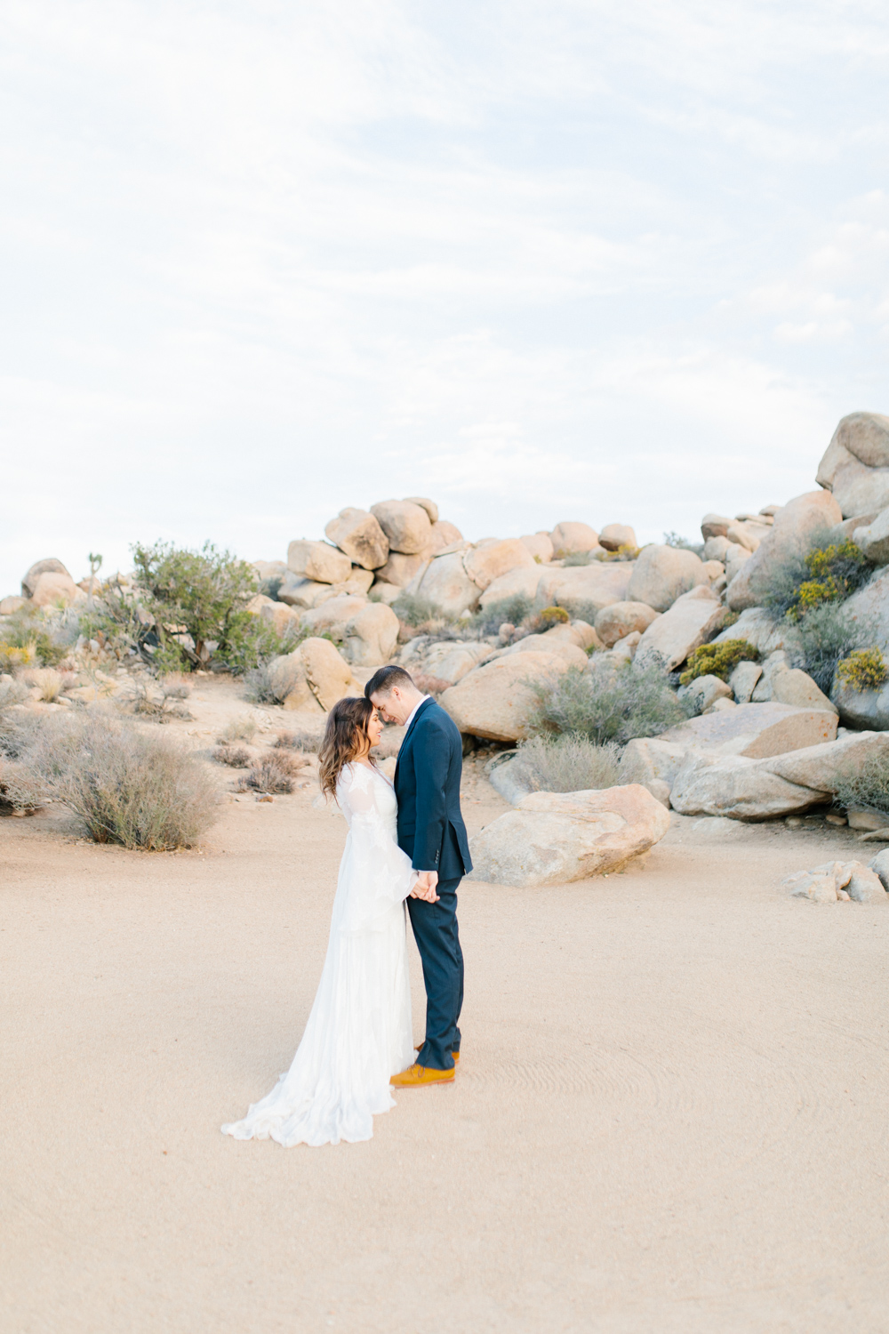 The Ruin Venue California | California Bride Inspiration | Fall Styled Shoot in the Desert | Epic Styled Shoot | Southern California Wedding Photographer | The Dress Theory | Fall Desert Wedding
