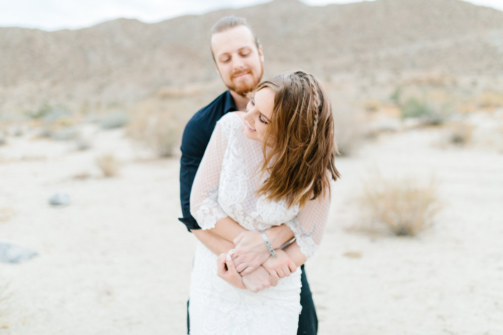 Gorgeous Desert Styled Shoot | Eucalyptus Bouquet | Desert Wedding | Southern California Wedding Photographer | Palm Desert California Wedding Inspiration