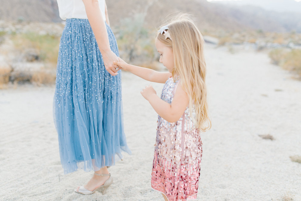 The Most Perfect Desert Family Photo Session | Palm Springs Photography | What to Wear to Family Pictures | VSCO | Emma Rose Company | Gorgeous Sunset Family Session-4.jpg