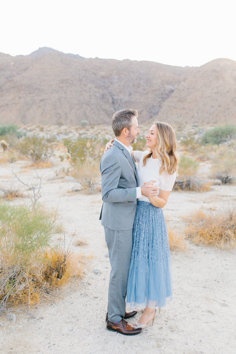 The Most Perfect Desert Family Photo Session | Palm Springs Photography | What to Wear to Family Pictures | VSCO | Emma Rose Company | Gorgeous Sunset Family Session-13.jpg