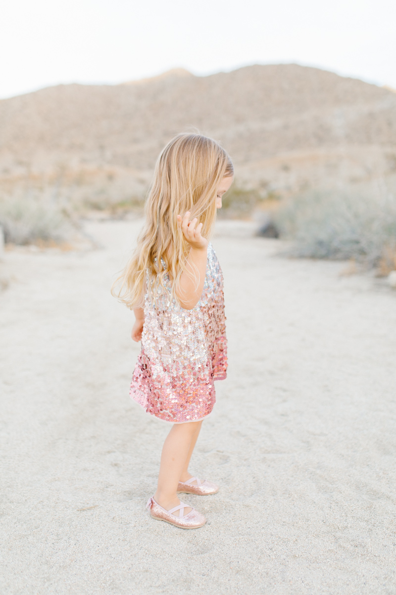 The Most Perfect Desert Family Photo Session | Palm Springs Photography | What to Wear to Family Pictures | VSCO | Emma Rose Company | Gorgeous Sunset Family Session-31.jpg