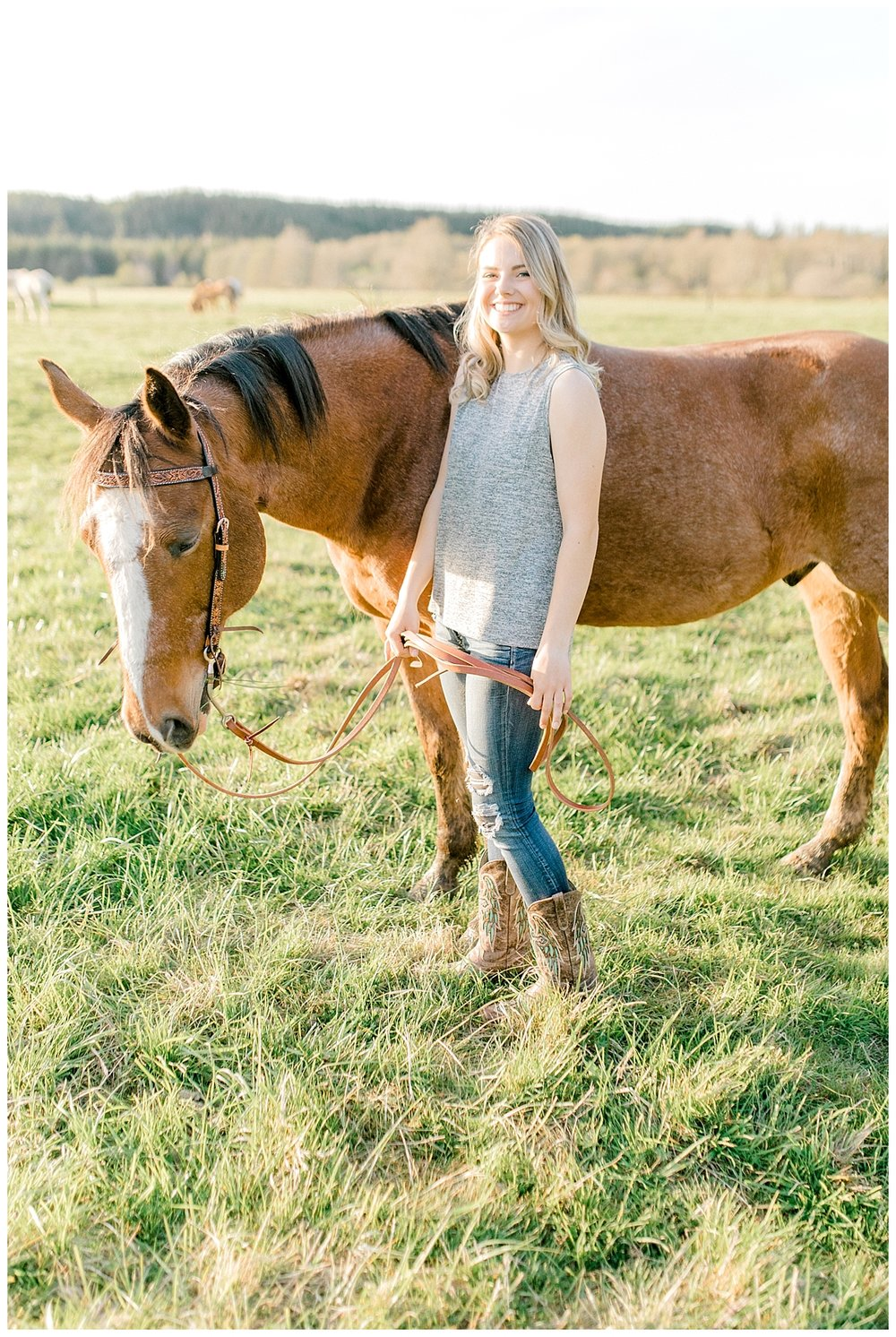 Sunset Senior Session with Horse | Senior Session Inspiration Session | Horse Photo Session | Pacific Northwest Light and Airy Wedding and Portrait Photographer | Emma Rose Company | Kindred Presets Senior Session Horses.jpg