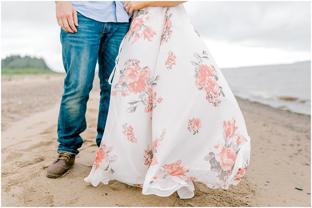 Gorgeous Beach and Ranch Engagement Session, Pacific Northwest Elopement Wedding Photographer, What to Wear to Engagement Pictures, Kindred Presets, Seattle Wedding Photographer3.jpg