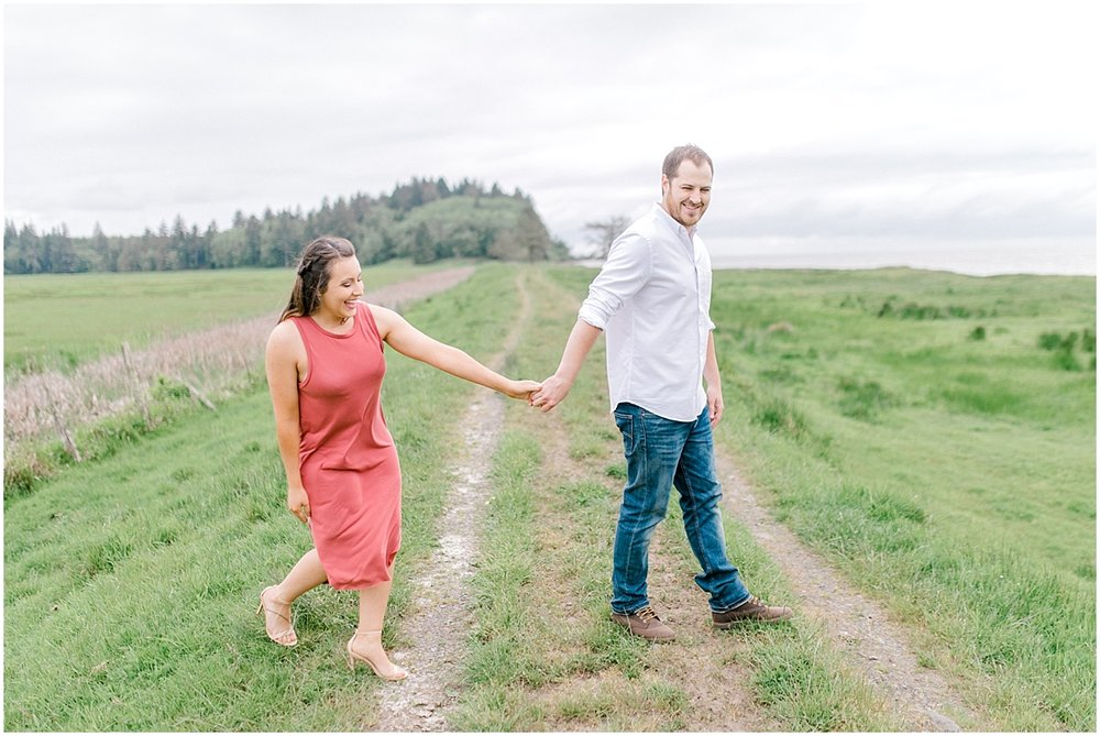 Gorgeous Beach and Ranch Engagement Session, Pacific Northwest Elopement Wedding Photographer, What to Wear to Engagement Pictures, Kindred Presets, Seattle Wedding Photographer0016.jpg