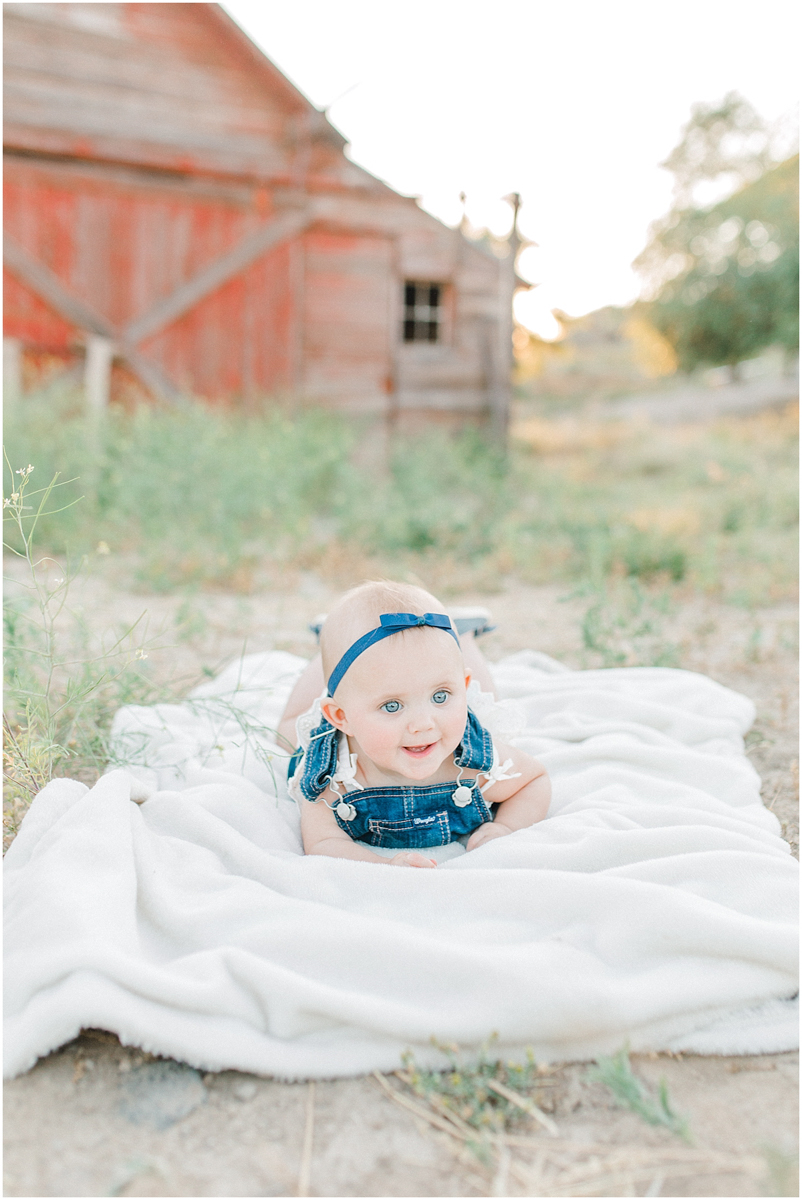 The most perfect family session in the wheat fields of Waterville Washington | Emma Rose Company Family and Portrait Photographer | Wenatchee and Seattle Photographer Light and Airy | What to Wear to Family Pictures | Kindred Presets-82.jpg
