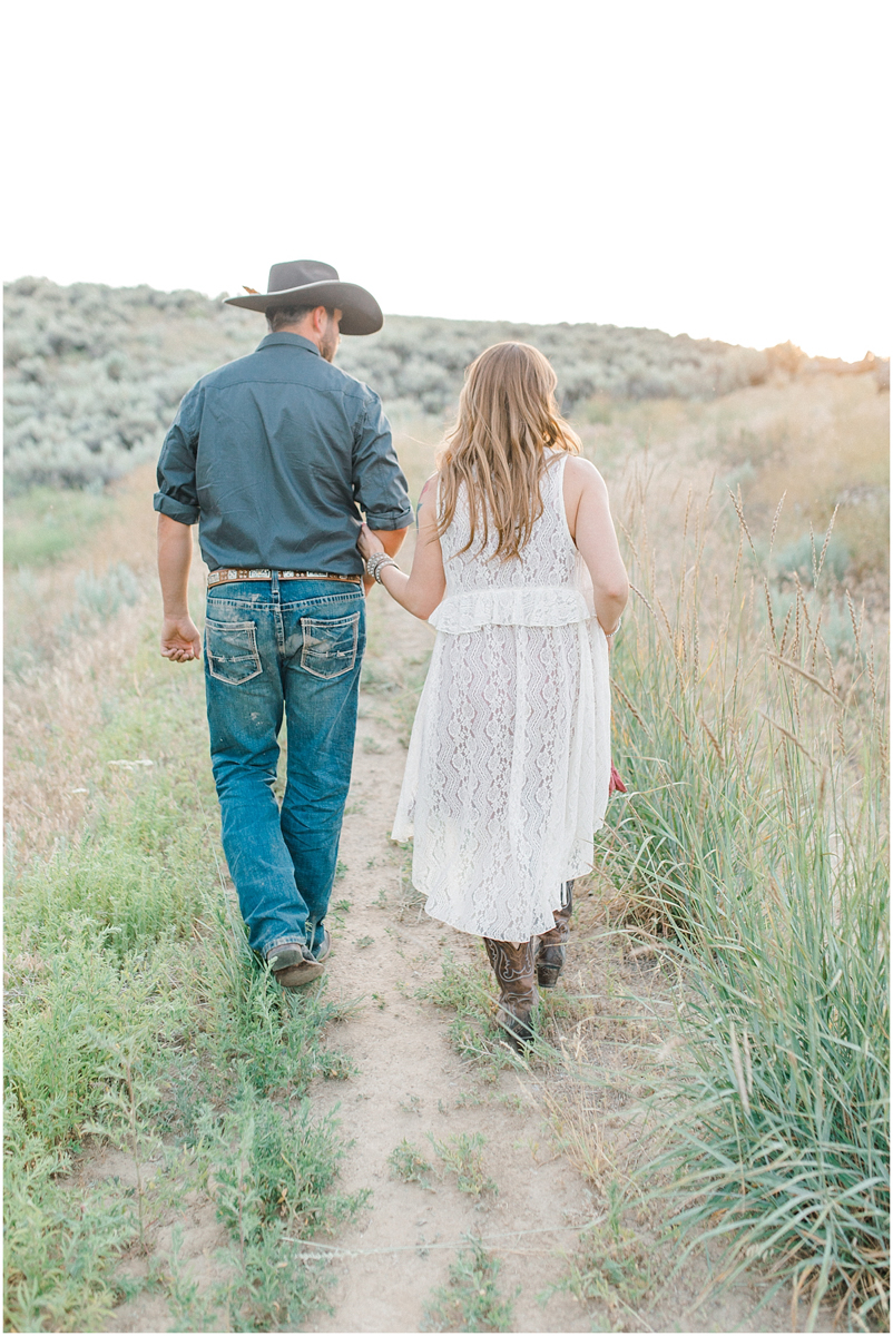 The most perfect family session in the wheat fields of Waterville Washington | Emma Rose Company Family and Portrait Photographer | Wenatchee and Seattle Photographer Light and Airy | What to Wear to Family Pictures | Kindred Presets-89.jpg