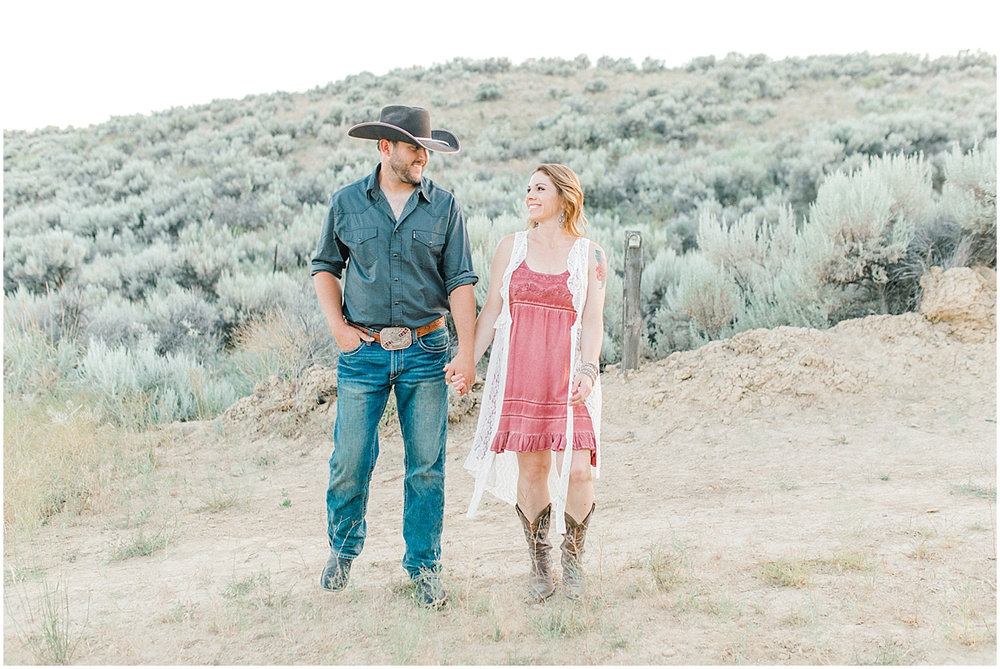 The most perfect family session in the wheat fields of Waterville Washington | Emma Rose Company Family and Portrait Photographer | Wenatchee and Seattle Photographer Light and Airy | What to Wear to Family Pictures | Kindred Presets-103.jpg