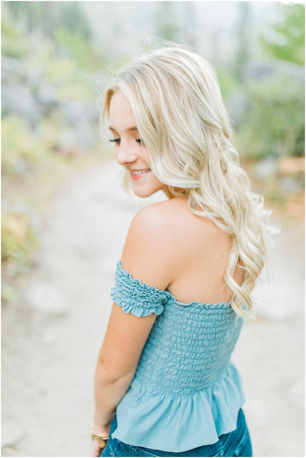 Emma Rose Company | Pacific Northwest Senior Portrait Photographer | Light and Airy Styled Senior Portraits | What to Wear to Senior Pictures | Kindred Presets | Seattle, Wenatchee and Portland Wedding and Portrait Photographer | Emma Rose32.jpg