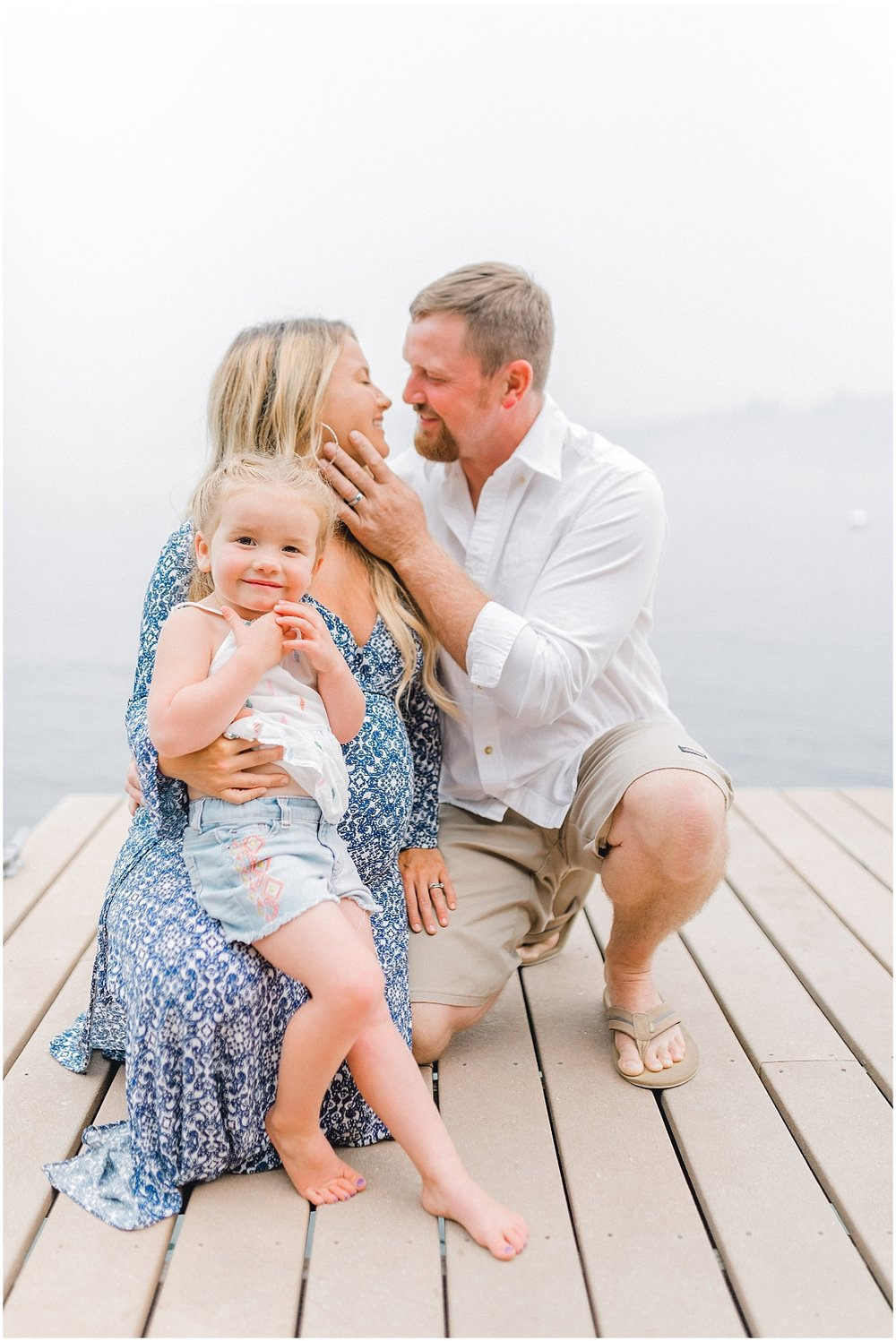 Emma Rose Company | PNW Family Portrait Photographer | Light and Airy Photography Style | What to Wear to Family Pictures | Kindred Presets | Lake Chelan Wedding Portrait Photographer_0085.jpg