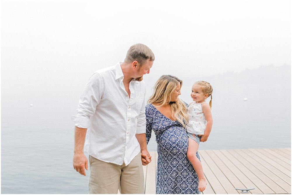 Emma Rose Company | PNW Family Portrait Photographer | Light and Airy Photography Style | What to Wear to Family Pictures | Kindred Presets | Lake Chelan Wedding Portrait Photographer_0107.jpg