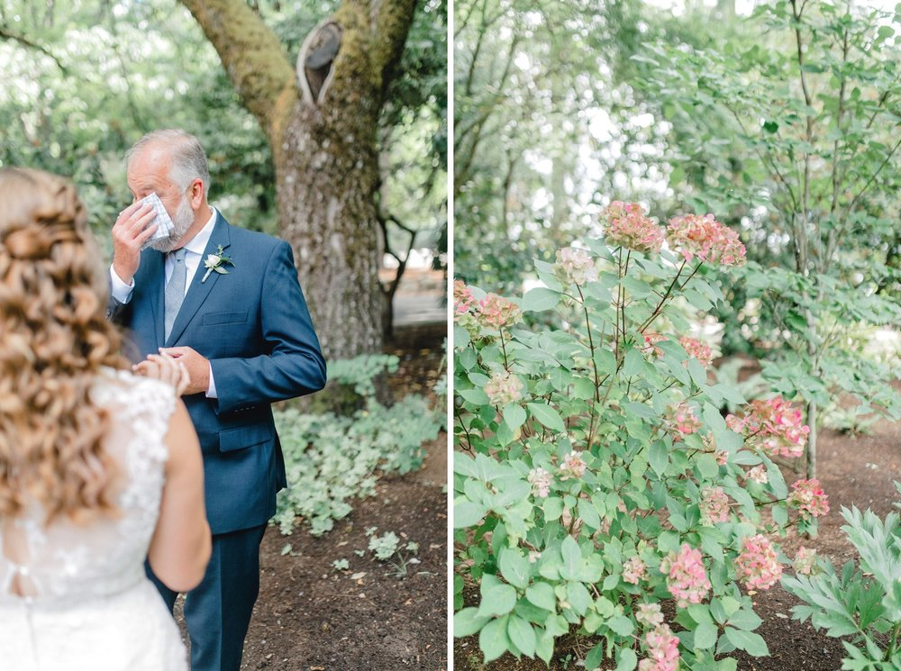 0000000000022_emmarosecompany_katiematt-2875_emmarosecompany_katiematt-3018_Photographer_PNW_House_Robinswood_Emma_Light_Airy_Company_Rose_and_Seattle_Wedding.jpg