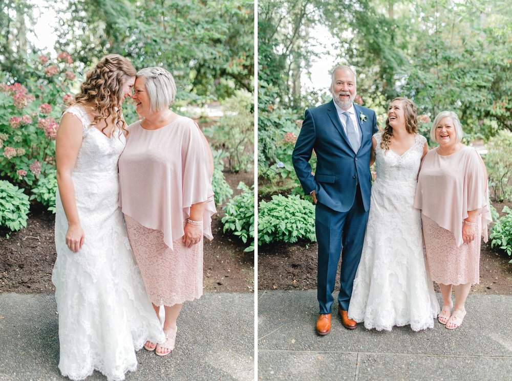 0000000000033_emmarosecompany_katiematt-2971_emmarosecompany_katiematt-2987_Photographer_PNW_House_Robinswood_Emma_Light_Airy_Company_Rose_and_Seattle_Wedding.jpg
