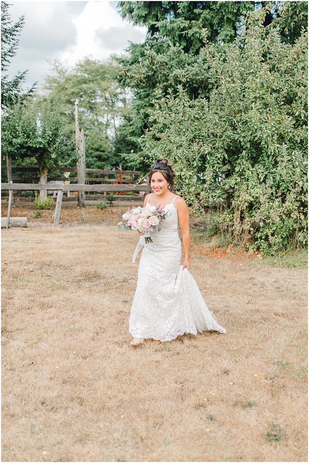 Beautiful mauve wedding in the Pacific Northwest, Emma Rose Company Light and Airy Wedding Photographer Seattle, Washington, Kindred Presets, Wedding Design Details Purple and Blush_0035.jpg