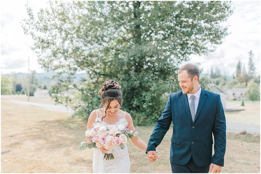 Beautiful mauve wedding in the Pacific Northwest, Emma Rose Company Light and Airy Wedding Photographer Seattle, Washington, Kindred Presets, Wedding Design Details Purple and Blush_0038.jpg
