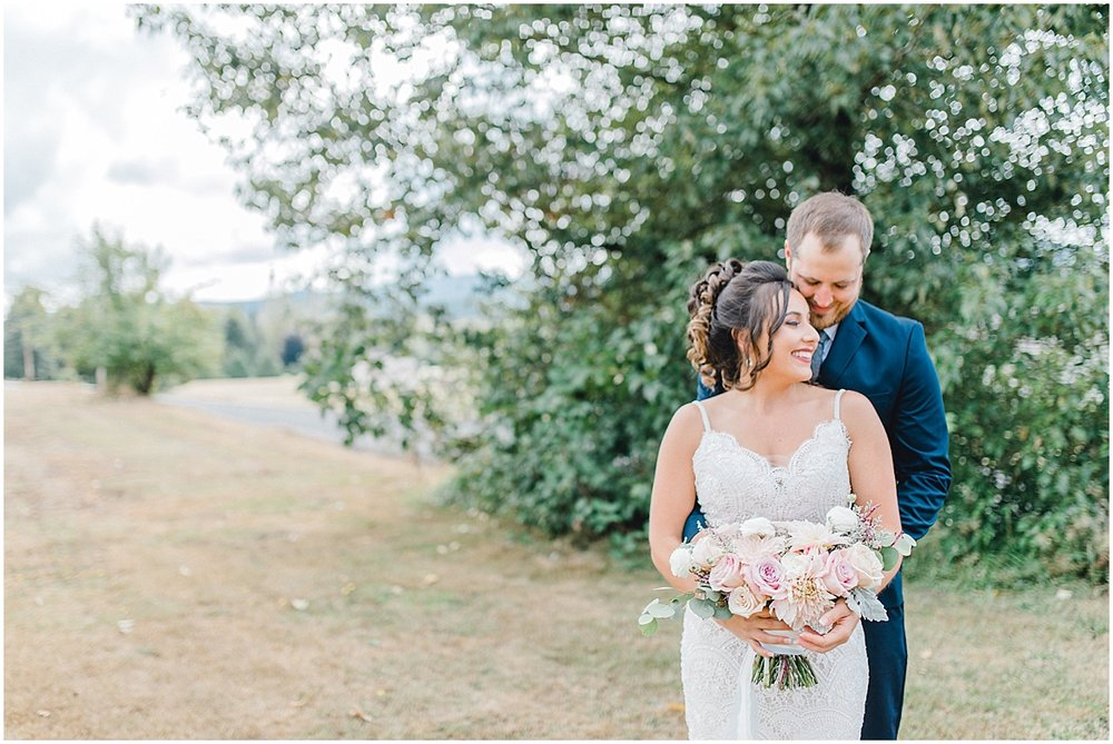 Beautiful mauve wedding in the Pacific Northwest, Emma Rose Company Light and Airy Wedding Photographer Seattle, Washington, Kindred Presets, Wedding Design Details Purple and Blush_0039.jpg