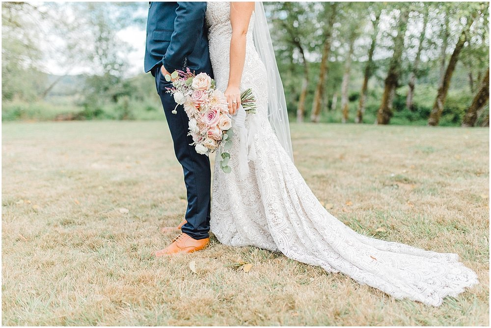 Beautiful mauve wedding in the Pacific Northwest, Emma Rose Company Light and Airy Wedding Photographer Seattle, Washington, Kindred Presets, Wedding Design Details Purple and Blush_0099.jpg
