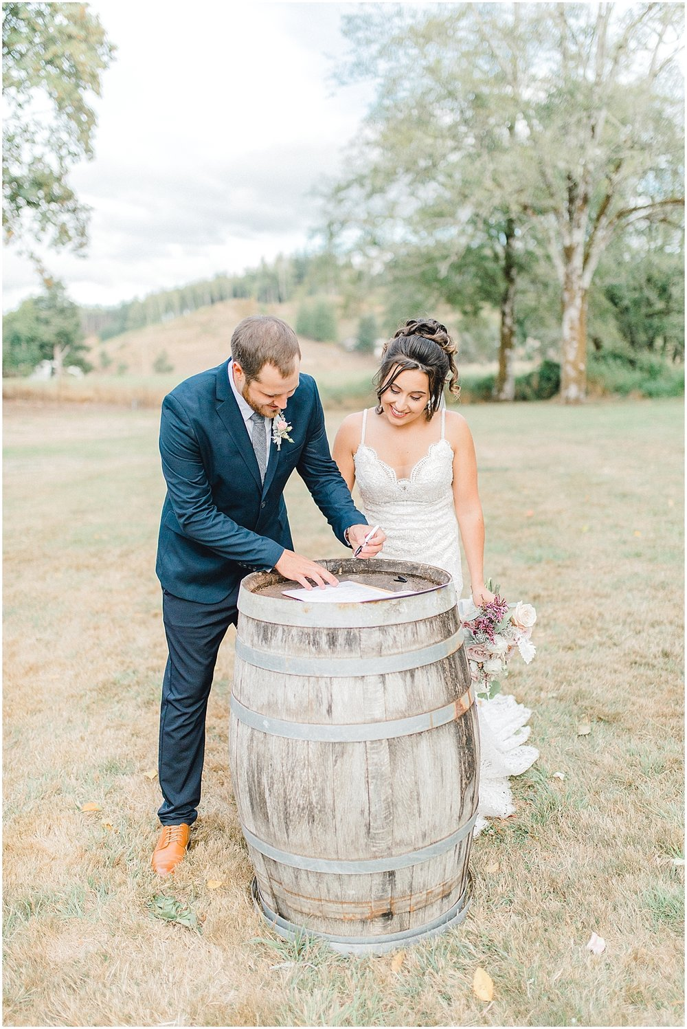 Beautiful mauve wedding in the Pacific Northwest, Emma Rose Company Light and Airy Wedding Photographer Seattle, Washington, Kindred Presets, Wedding Design Details Purple and Blush_0103.jpg
