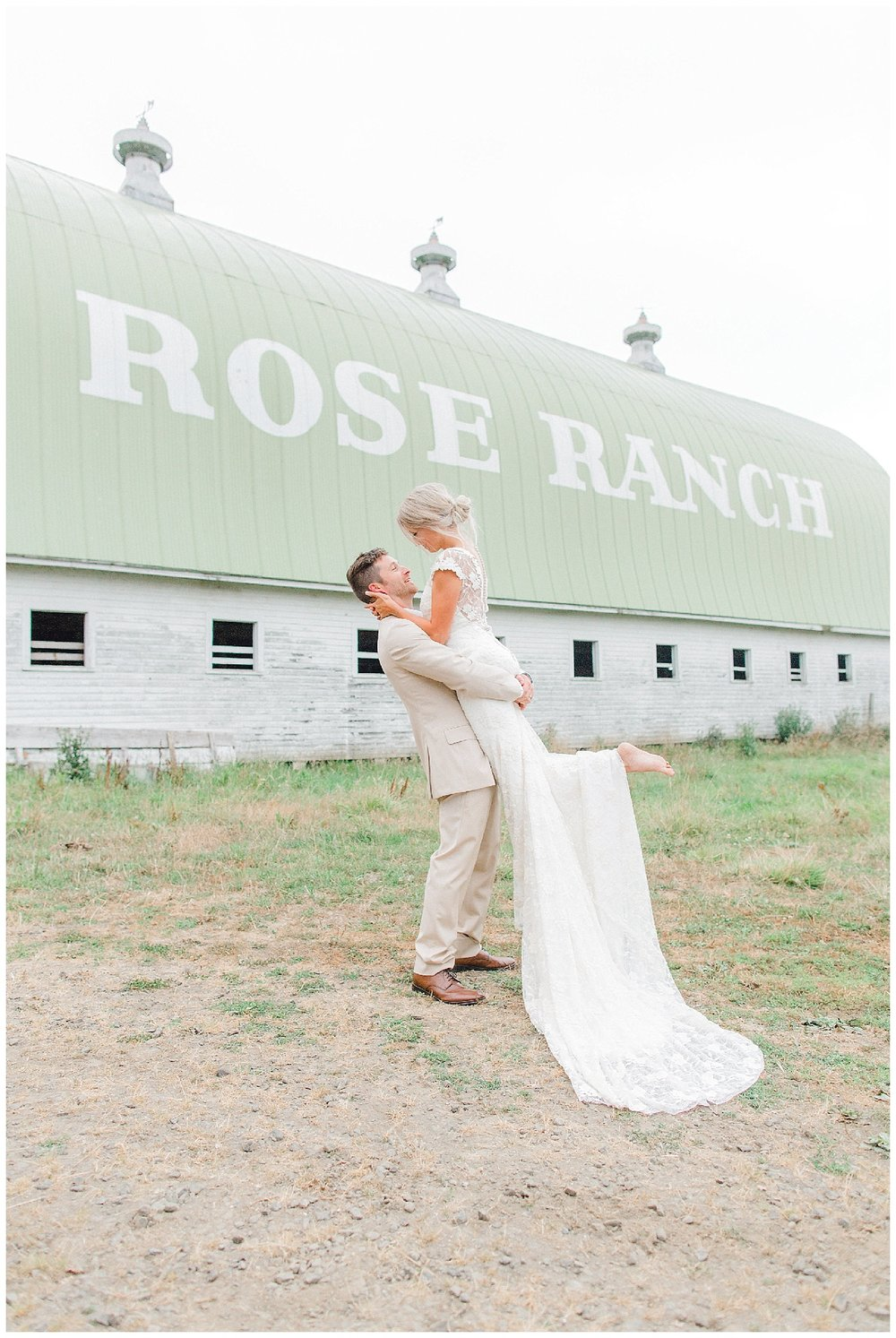 Emma Rose Company Dream Chasers Workshop and Education for Photographer | Light and Airy Rose Ranch Dream Barn Venue Wedding_0032.jpg
