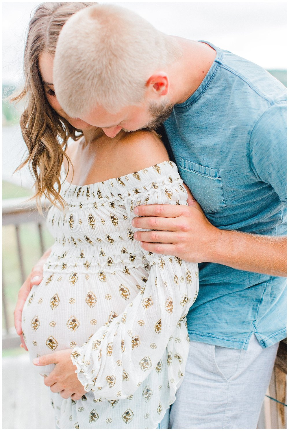The Most Perfect In Home Maternity Lifestyle Photo Session | Pregnancy Goals | Emma Rose Company Seattle and Portland Wedding and Potrait Photographer | Dream Chasers Workshop_0007.jpg
