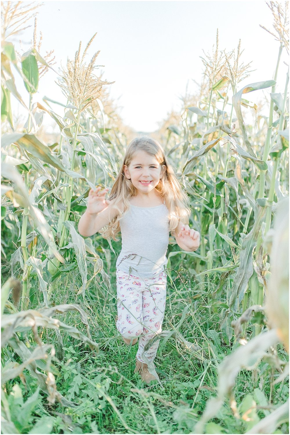 Pumpkin Patch Photo Shoot With Toddler and Mommy | Emma Rose Company Seattle Portland Light and Airy Wedding Photographer | Kindred Presets | Film_0013.jpg