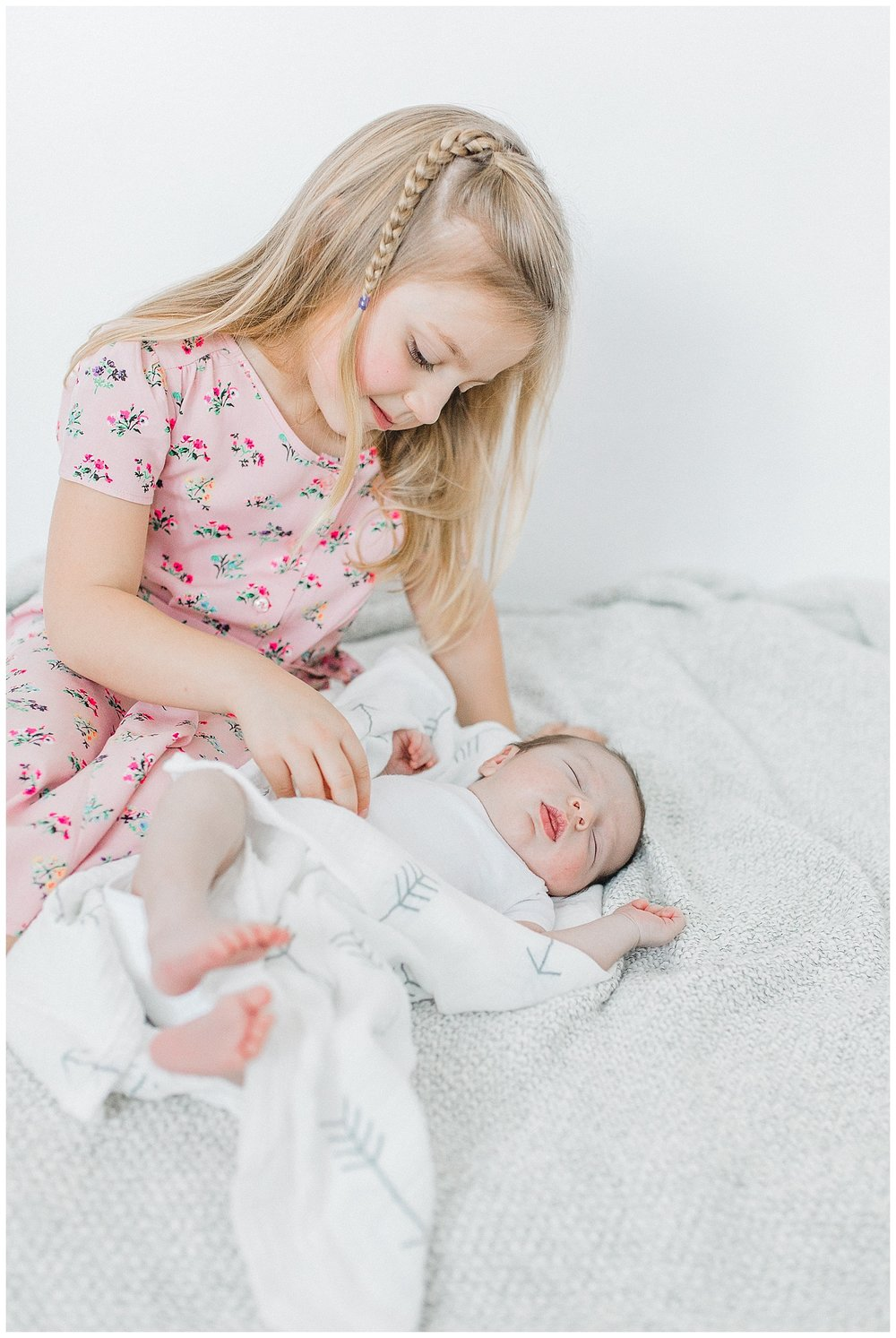 Newborn Lifestyle In-Studio Photo Session Light and Airy Kindred Presets Emma Rose Company Seattle Portland Wedding and Portrait Photographer17.jpg