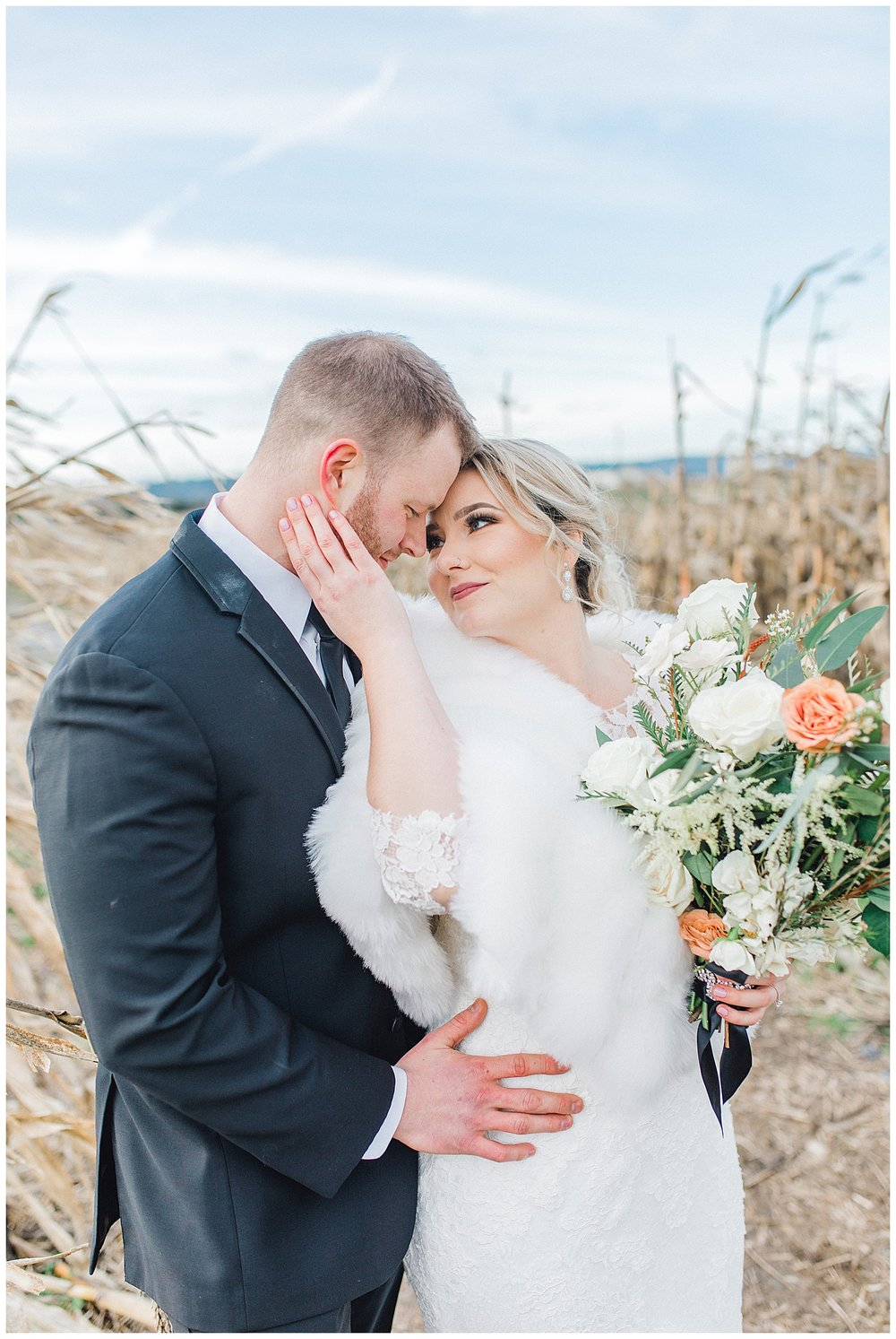 ERC-7514_A beautiful winter wedding in Snohomish, Washington at Thomas Family Farm was simply perfect.  This rustic and modern styled wedding was dripping with romance and photographed by Emma Rose Company, a pacific northwest wedding photographer..jpg