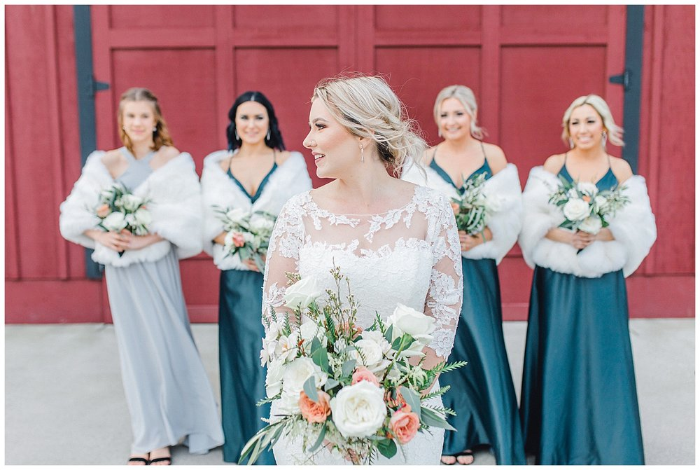 ERC-7668_A beautiful winter wedding in Snohomish, Washington at Thomas Family Farm was simply perfect.  This rustic and modern styled wedding was dripping with romance and photographed by Emma Rose Company, a pacific northwest wedding photographer..jpg