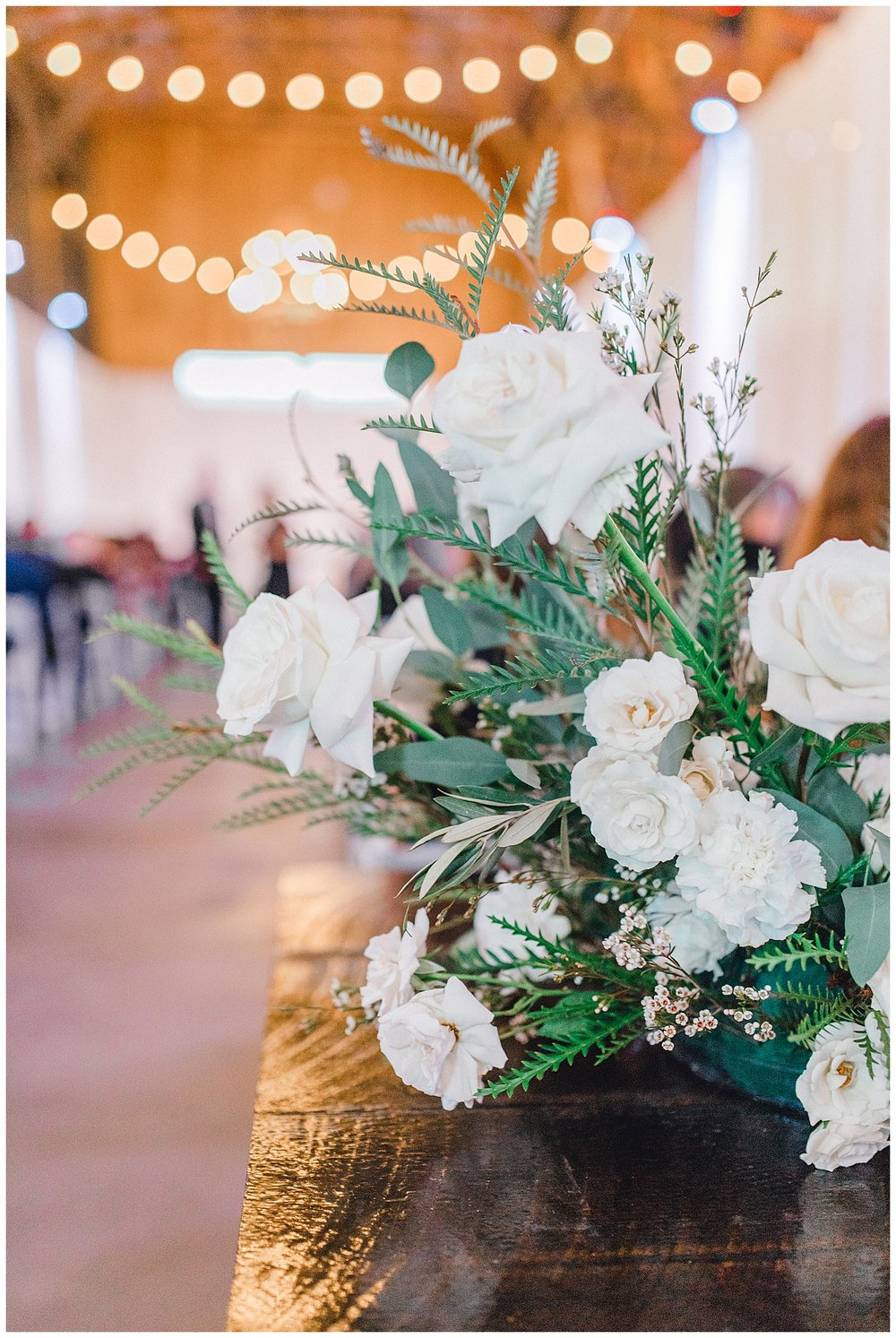 ERC-8213_A beautiful winter wedding in Snohomish, Washington at Thomas Family Farm was simply perfect.  This rustic and modern styled wedding was dripping with romance and photographed by Emma Rose Company, a pacific northwest wedding photographer..jpg