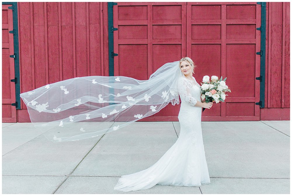 ERC-8615_A beautiful winter wedding in Snohomish, Washington at Thomas Family Farm was simply perfect.  This rustic and modern styled wedding was dripping with romance and photographed by Emma Rose Company, a pacific northwest wedding photographer..jpg