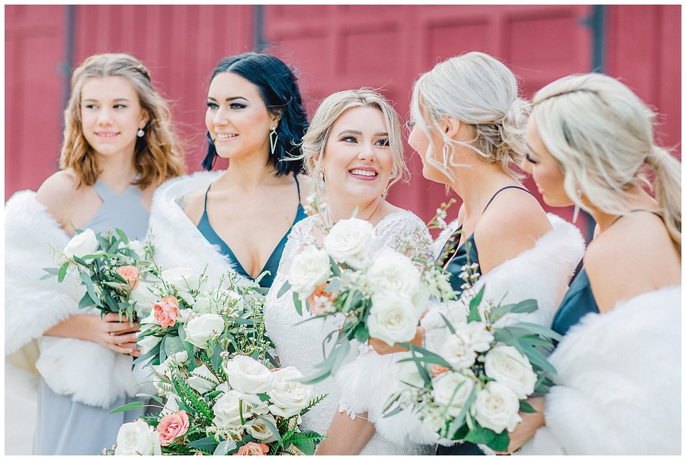 ERC-8962_A beautiful winter wedding in Snohomish, Washington at Thomas Family Farm was simply perfect.  This rustic and modern styled wedding was dripping with romance and photographed by Emma Rose Company, a pacific northwest wedding photographer..jpg