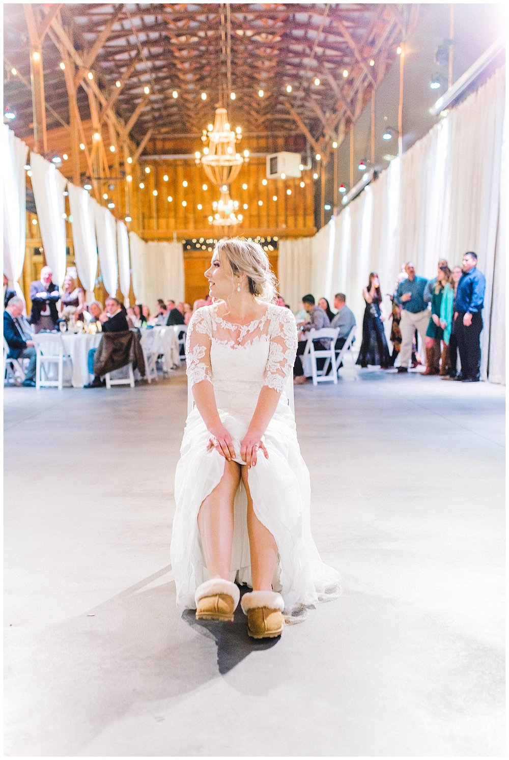 ERC-9151_A beautiful winter wedding in Snohomish, Washington at Thomas Family Farm was simply perfect.  This rustic and modern styled wedding was dripping with romance and photographed by Emma Rose Company, a pacific northwest wedding photographer..jpg