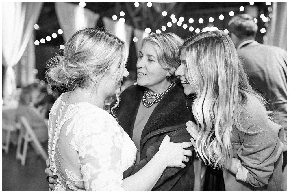 ERC-9610_A beautiful winter wedding in Snohomish, Washington at Thomas Family Farm was simply perfect.  This rustic and modern styled wedding was dripping with romance and photographed by Emma Rose Company, a pacific northwest wedding photographer..jpg